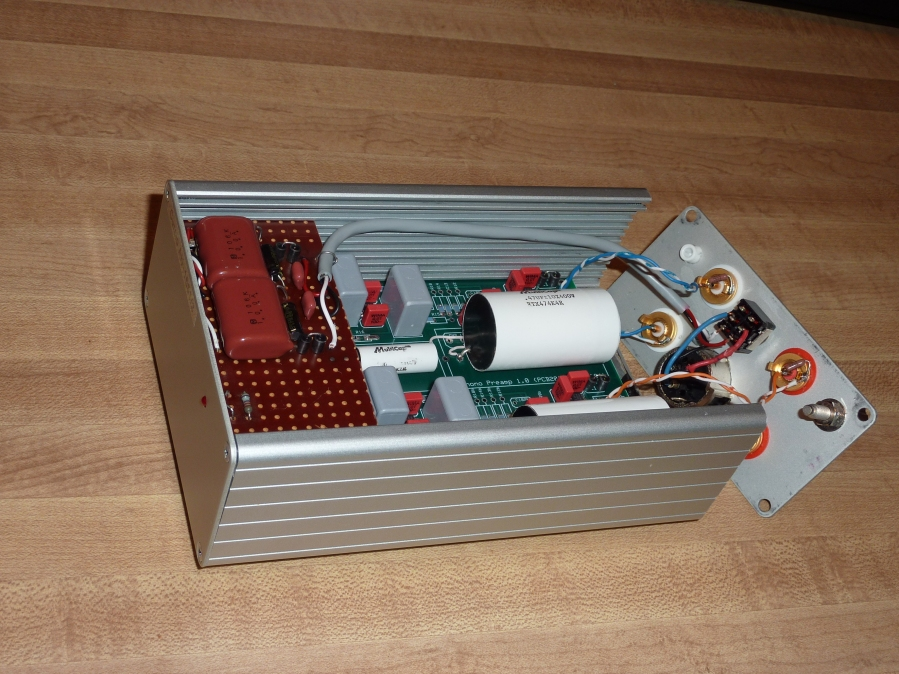 AN1651/Curcio Phono Preamp (PCB in box)